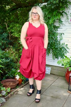 Briseis - Amazing red balloon dress - Perfect for everything!