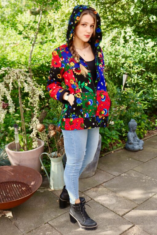 Colorful short jacket. Perfect to lighten up the day.