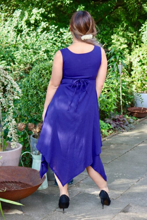 Ephesia - Elegant blue evening dress made in a very nice materiale - Perfect for a night out.