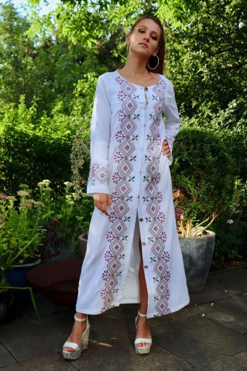 Nazife - Amazing white caftan. Perfect as a dress or a jacket.