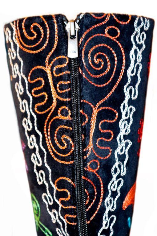 Artemis - Unik ridestøvle lignende læderstøvle. Perfekt til en aften ude.