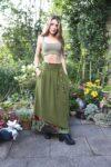 Tesimi lang grøn nederdel - perfekt til hverdag og fest.