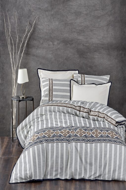 Elegant organic duvet cover set -double size- with ethnic motifs and embroideries in blue, golden colors