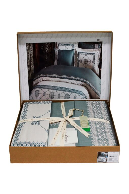 Bed linen in GOTS certified organic cotton, double duvet set. In a decorative gift box