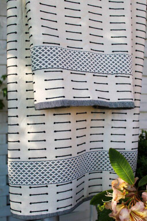 Økologisk Tyrkisk håndklæde i hamam stil. Naturfarvet med bort
