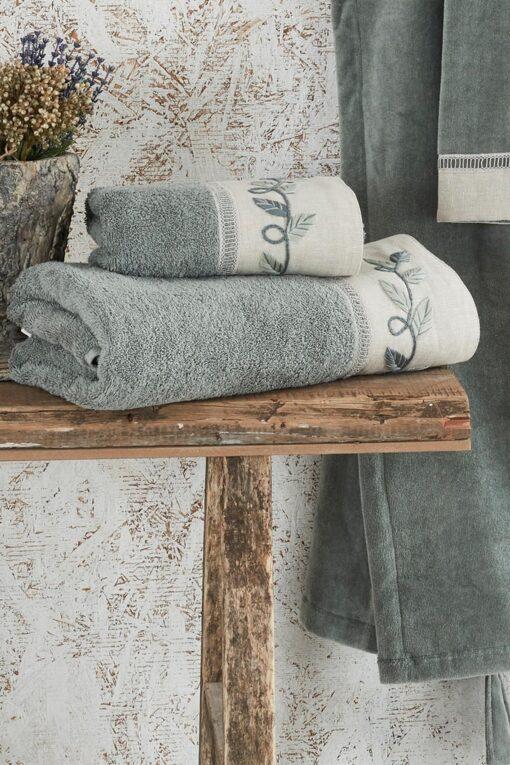 Eksklusivt håndklædesæt i lækker GOTS mærket økologisk bomuld - støvet grøn med håndlavet bort
