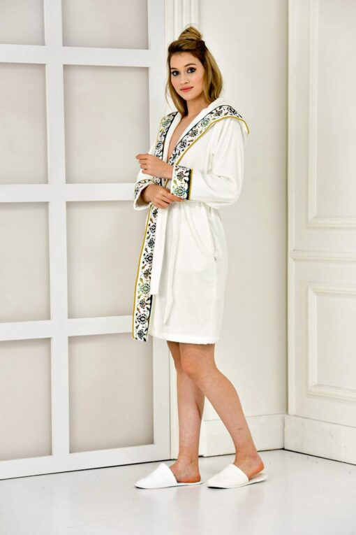 Beautiful hooded bathrobe for women in white with adorable prints