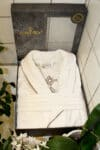 Exclusive white bathrobe with embroidery at the back -in a giftbox