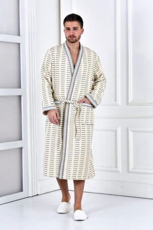 Men's bathrobe in a trendy design and GOTS certified organic cotton
