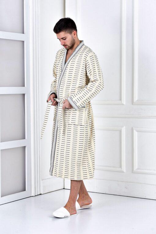 Luksus herre badekåbe i økologisk kvalitet. Trendy mønstret design