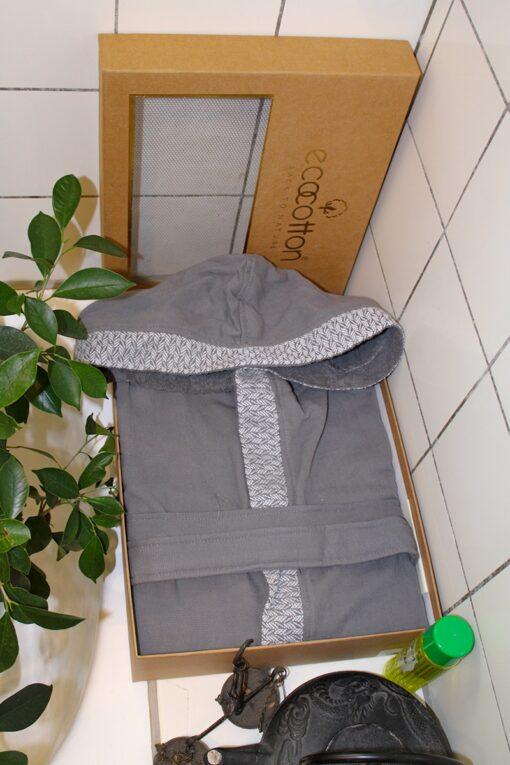 Eksklusiv badekåbe til mænd med hætte i dekorativ gaveæske